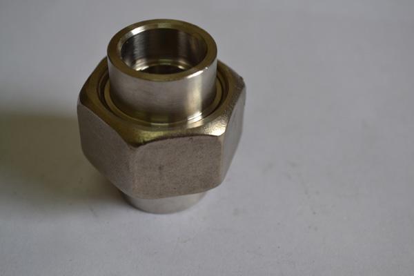 承接焊活接头公称通径