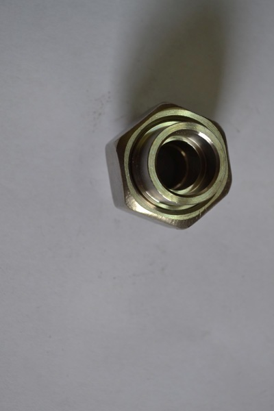 承接焊活接头适用介质